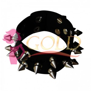 LEATHER WRISTBAND WITH STUDS